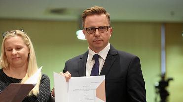 Pierwsza sesja sejmiku województwa łódzkiego. Dariusz Joński