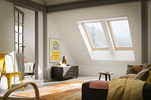 Więcej naturalnego światła we wnętrzach. Rozwiązania, o których warto pamiętać już na etapie projektowania domu
