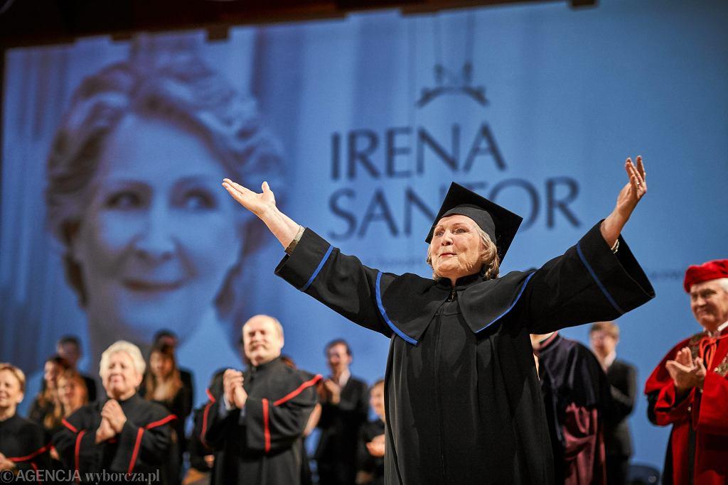 Irena Santor, kiedy otrzymała na Akademii Muzycznej tytuł doktora honoris causa