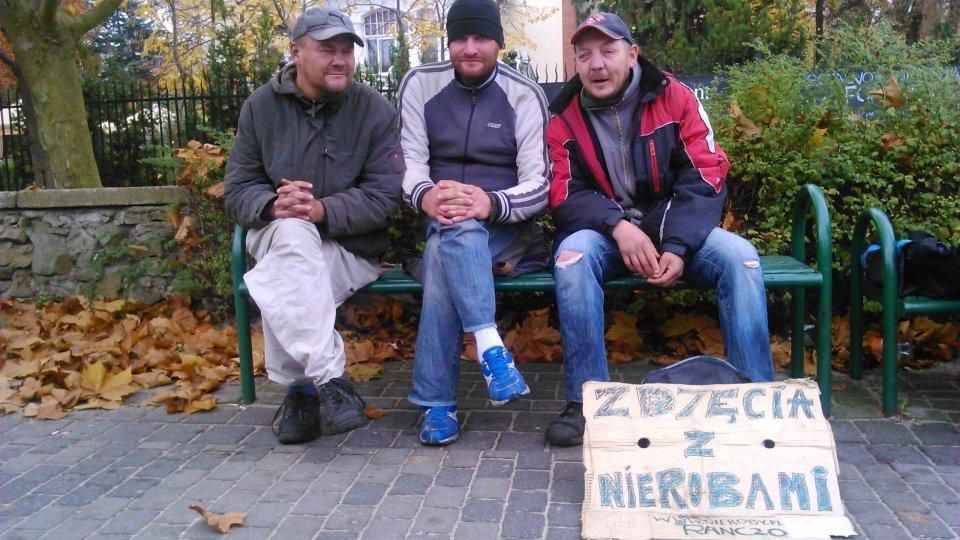 18a61e56b73fd1 Pamiątka z weekendu w Sopocie? 'Zdjęcie z nierobami'