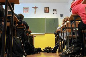 Czy etyka i religia są w szkołach traktowane na równi? Rodzic: U nas etyka nie jest równa religii. Ona nie istnieje