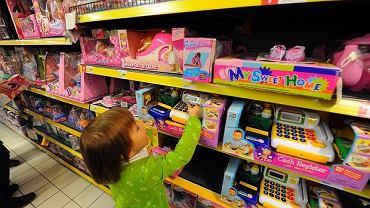 Ważna lekcja finansowa, którą rodzice mogą przekazać dzieciom