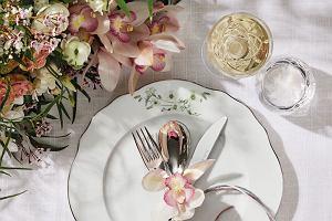 Nakrycie stołu: aranżacja na wesele