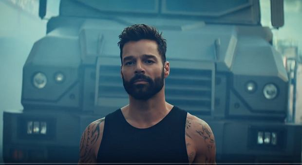 Ricky Martin - Tiburones (Official Video)