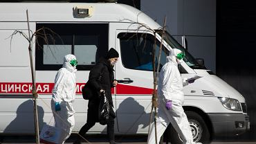 Rośnie liczba chorych w Moskwie. Połowa chorych ma mniej niż 40 lat
