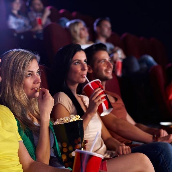W kinie