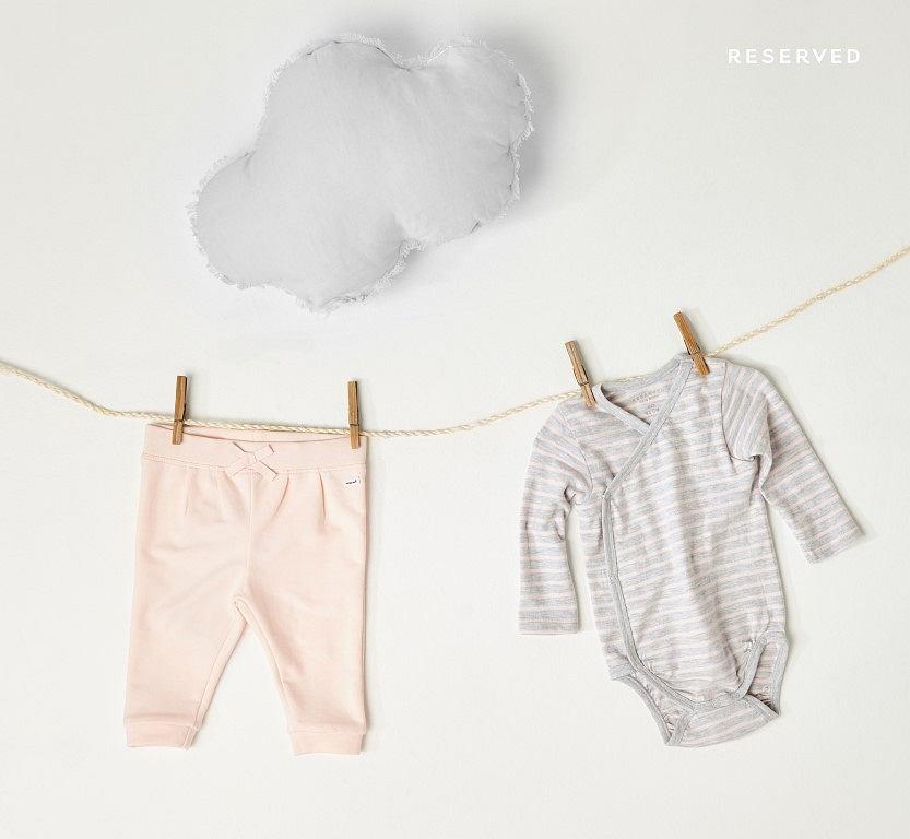 Reserved Newborn - linia dziewczęca (mat. pras)