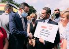 Fundusz premiera Morawieckiego może podzielić samorządy na pisowskie i pozostałe