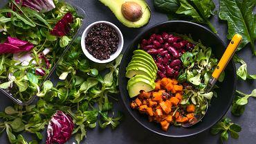 Jeśli ktoś przechodzi na weganizm, blog kulinarny prowadzony przez osobę, która zna już ten styl życia będzie idealnym miejscem na poszukiwanie nowych przepisów.