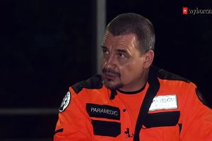 """#RatujmyRatowników. """"Wyborcza"""" o dramatycznej sytuacji ratowników medycznych"""
