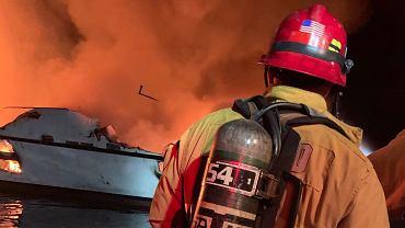 Pożar łodzi nurkowej u wybrzeży Kalifornii
