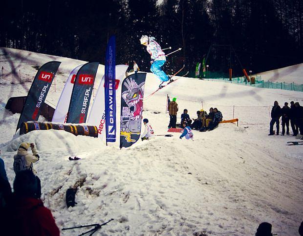 Zawody snowboardowe na Łysej Górze