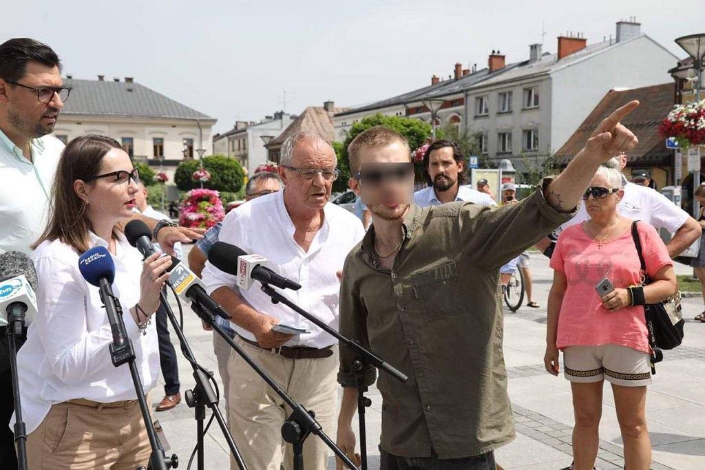 Konferencja KO w Nowym Targu zakłócona przez agresywnego mężczyznę