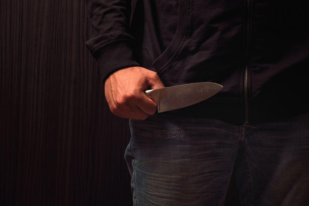 Atak z nożem - zdjęcie ilustracyjne