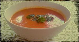 Zupa pomidorowa mocno warzywna z