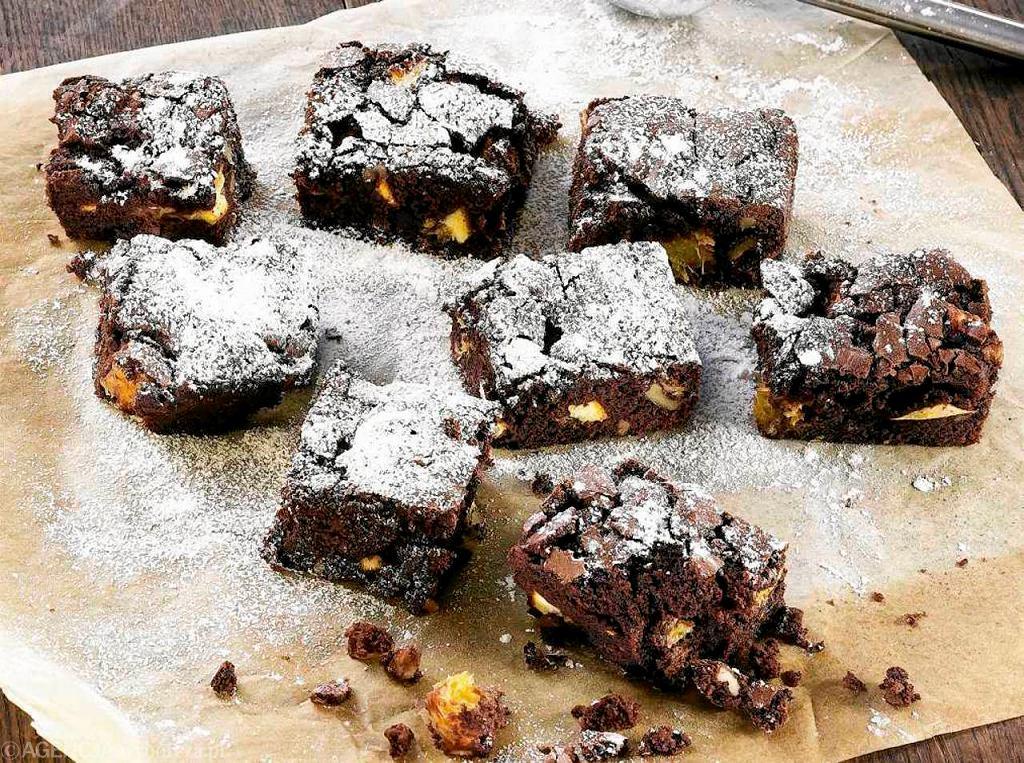 Brownies z białą czekoladą i pomarańczą