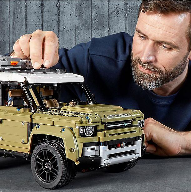 LEGO Technic, Land Rover Defender