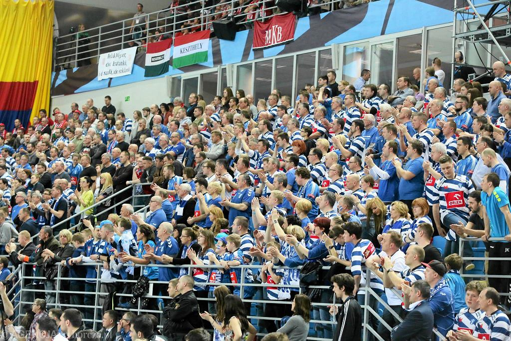 Liga Mistrzów 2013/14, kibice podczas meczu Wisła - Veszprem
