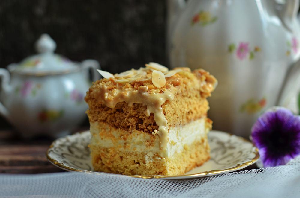 Ciasto krówka bez pieczenia przygotowujemy bardzo szybko