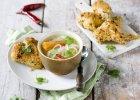 Obiad z dwóch dań, czyli rosół orientalny z kolendrą i imbirem, a na drugie - pieczony Kurczak Zagrodowy w panierce kokosowej