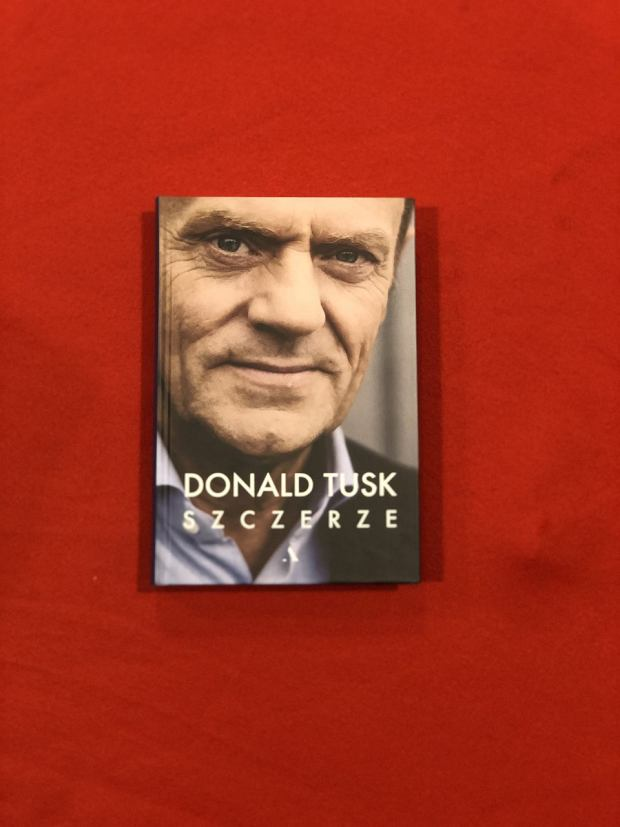 Donald Tusk, 'Szczerze'