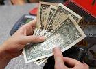 Analitycy: Dolar w kantorach może być droższy niż euro