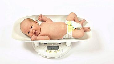 Najlepiej ważyć dziecko zawsze na tej samej wadze.