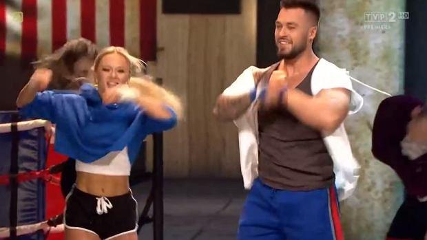 'Dance, dance, dance'