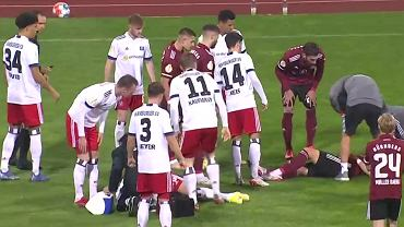 Fatalna kontuzja w pucharze Niemiec. Piłkarze byli w szoku [WIDEO]
