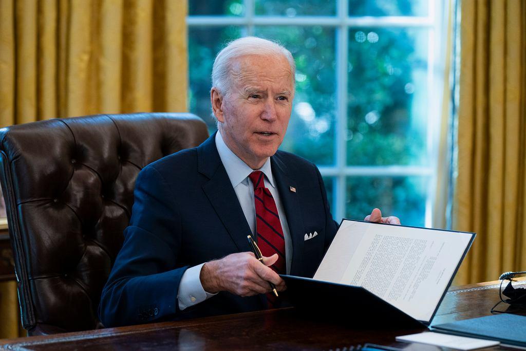USA. Joe Biden cofa decyzję Trumpa dotyczącą aborcji