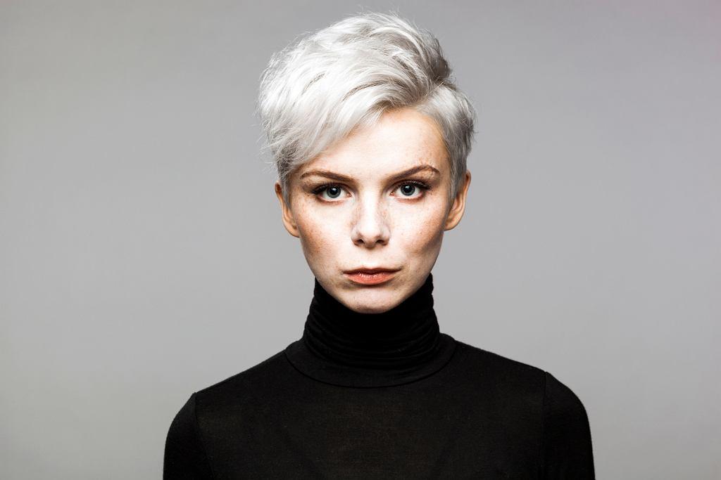 Pożegnaj Siwe Włosy