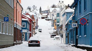 Zaśnieżona ulica Tromso