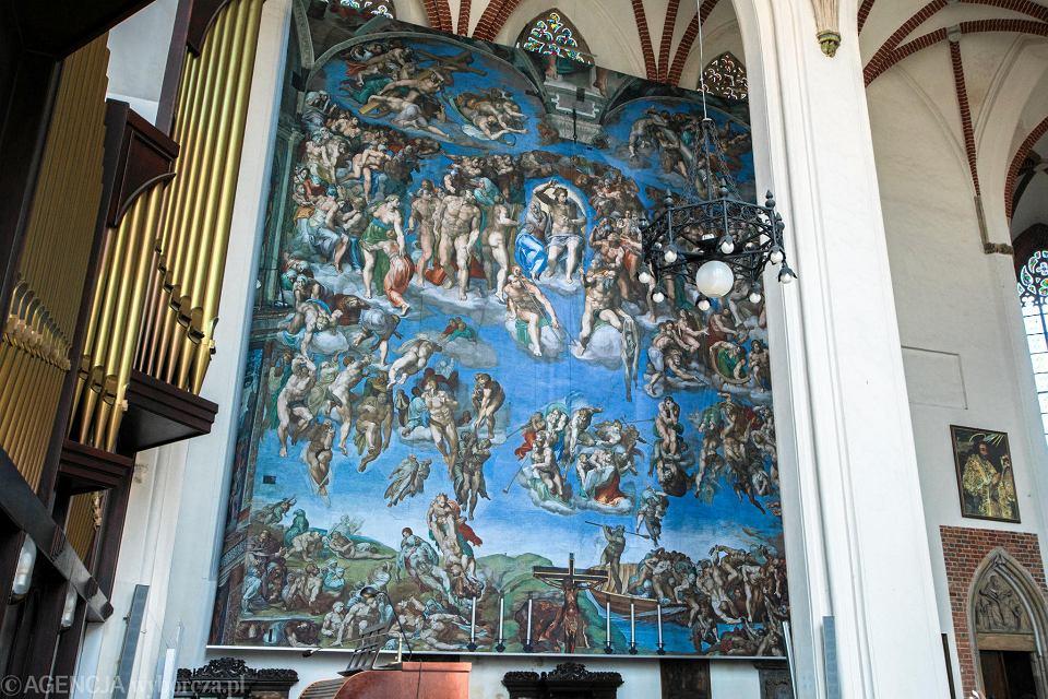 Kaplica Sykstyńska - kopie fresków z Watykanu w kościele kolegialnym św. Krzyża i św. Bartłomieja