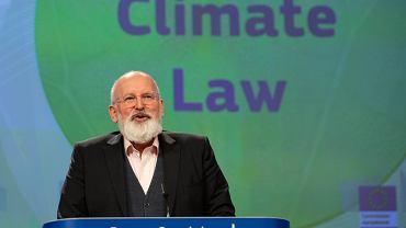 Frans Timmermans, wiceprzewodniczący Komisji Europejskiej pilotujący sprawy Zielonego Ładu, na dzisiejszej konferencji prasowej