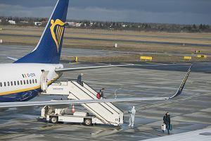 Epidemia koronawirusa. Ryanair odwołuje wszystkie loty do Włoch do 8 kwietnia. Wcześniej to samo zrobił Wizz Air