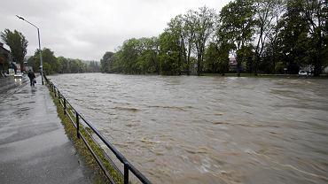 Podwyższony poziom rzeki / zdjęcie poglądowe