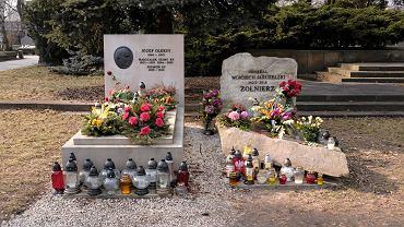 Groby Wojciecha Jaruzelskiego i Józefa Oleksego