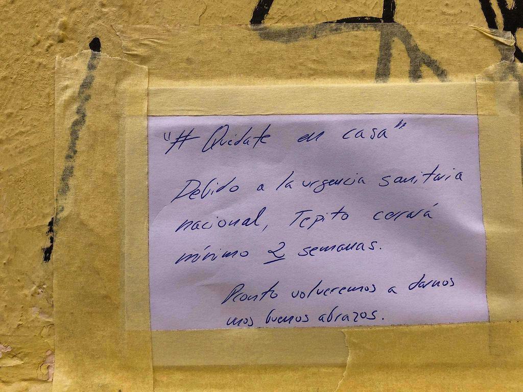 Hiszpania, informacja zachęcająca do zostania w domu z powodu koronawirusa