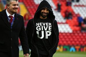 0750bf8f3 Mohamed Salah nie zagrał z Barceloną, ale ta koszulka dodała jego kolegom  wiary w zwycięstwo