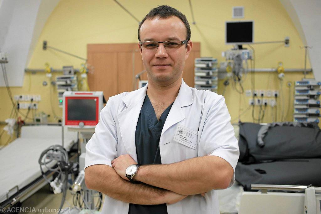 Dr hab. Mirosław Czuczwar, kierownik II Kliniki Anestezjologii i Intensywnej Terapii SPSK nr 1