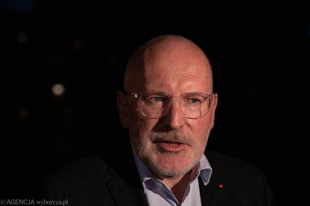 Frans Timmermans wyznał, że był ofiarą księdza pedofila