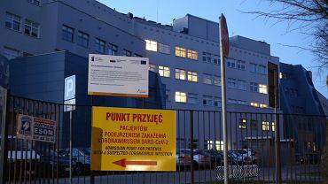 Szpital zakaźny przy ul. Arkońskiej w Szczecinie przyjmujący chorych na COVID-19