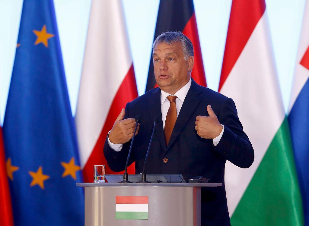Victor Orban na konferencji prasowej w Warszawie