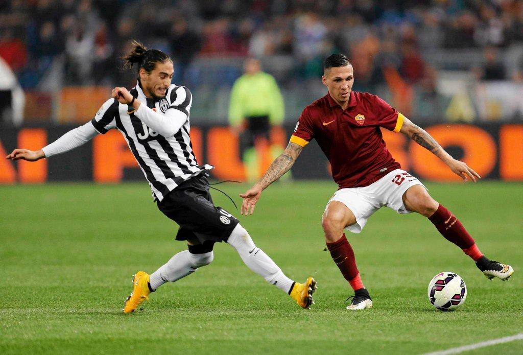 AS Roma - Juventus Turyn 1:1. Jose Martin Caceres i Jose Holebas