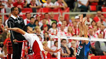 Mistrzostwa Świata siatkarzy 2014. Polska - Włochy w Atlas Arenie 3:1. W tle sędzia.