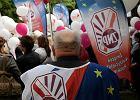 Budżetówka protestuje. Pracownicy państwa mają dość blokady ich płac