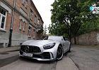 """Studio Biznes i """"mechaniczne dzieło sztuki"""" za 830 tysięcy zł. Testujemy Mercedesa-AMG GT R"""