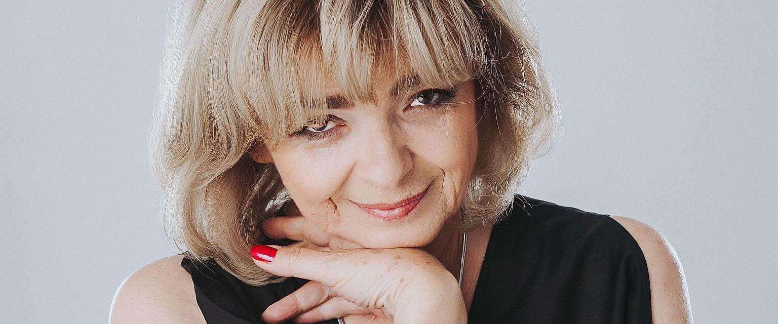 Katarzyna Grochola (fot. Anna Górajka)