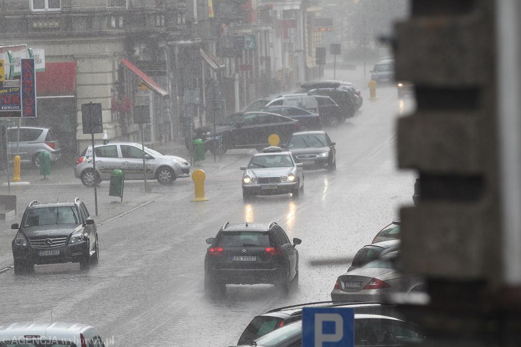 Pogoda w środę.. Pochmurno i deszczowo w dużej części Polski