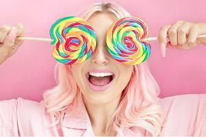 Czy cukier ma wpływ na stan naszej cery? Niektóre produkty mogą przyspieszać procesy starzenia!